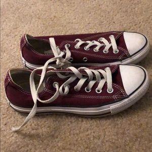 Maroon chucks/converse